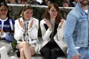 [포토] 엠마 스톤 등 톱 여배우 한자리에…'영화제 방불케하는 패션쇼'