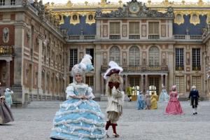 [포토] 드레스 입고 '베르사유 궁전으로'