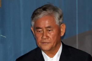 """검찰 """"반성 없이 죄 덮기에 급급""""…최경환에 8년 구형"""