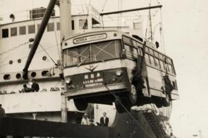 [그때의 사회면] 국산 버스 첫 수출
