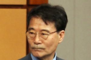 """청와대 """"장하성 사의표명? 근거 없는 오보에 유감"""""""