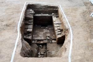 백제 왕릉급 벽돌무덤, 80년만에 다시 출현