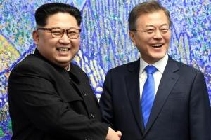 """남북정상 평양회담 가능성 큰듯…靑 """"내일 시기·장소 합의기대"""""""