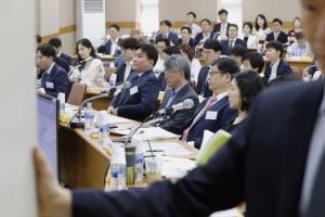 """[단독]차성안 판사, 법관대표회의 맹비난 """"정무적 판단이 판사 회의에 어울리나?"""""""