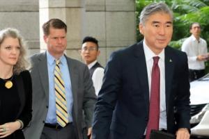 한·미 정상, 담판 전날 통화서 종전선언 논의 '긍정적 기류'