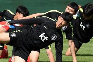 """야후스포츠, '신태용호' 월드컵 최하위권 평가…""""32개팀 중 31위"""""""