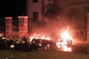 베트남 반중시위 격화…고속도로 점거·차량 방화