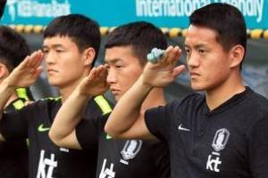홍철 거수경례, 세차장 직원 출신, 아시아 주목할 선수들