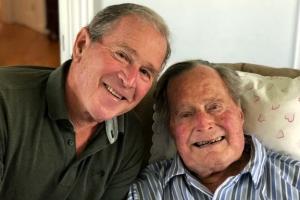 94세 생일 맞은 아버지 부시… 美 최장수 대통령 기록