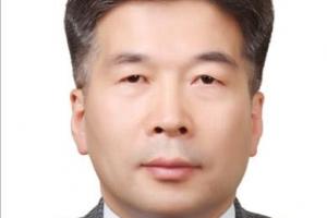 """文대통령 """"경찰에 더 많은 수사자율성 부여"""""""