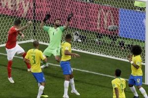 브라질 vs 스위스 무승부... 네이마르 침묵에 1-1