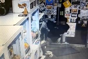 """""""인형뽑기방 동전 털어와""""…후배들 시켜 1천만원 뜯은 10대"""