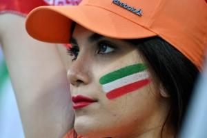 [포토] 열심히 응원하는 이란 축구팬
