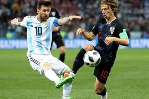 16년만에 조별 탈락 위기 아르헨티나, 크로아티아에 0-3 대패