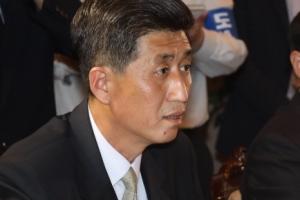 [서울포토] 남북 적십자회담 참석한 박용일 북측 수석대표