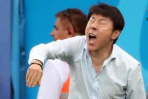 [포토] '혼신의 지시' 신태용 감독