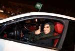사우디여성 운전 허용 첫날…