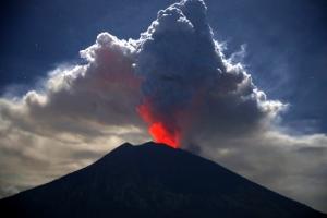 발리 화산 또 분화… 한국인 피해 없어