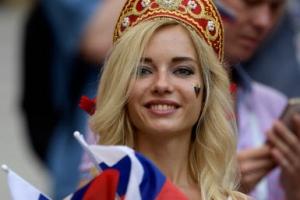 [포토] 월드컵을 더욱 뜨겁게 달구는 미녀 응원단