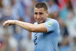 [포토] '월드컵 탈락' 직감… 우루과이 히메네스, 경기 도중 눈물 '펑펑'
