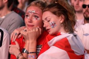 [포토] '러시아 월드컵' 결승 진출 실패에 낙담한 잉글랜드 팬들