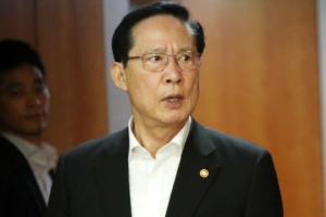 """송영무 """"남북 군축 논의는 시기상조…신뢰 구축이 우선"""""""