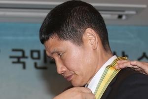'세월호 파란 바지의 의인' 김동수씨, 청와대 앞에서 자해