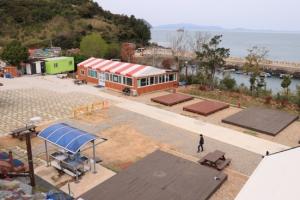 금오도캠핑장, 아름다운 자연환경과 다양한 체험활동으로 인기