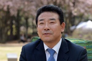 민주당 박정·김해영 최고위원 도전, 불붙는 당권 레이스