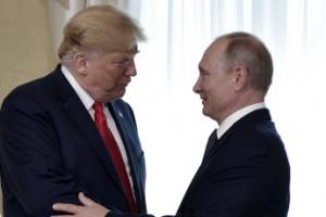 천하의 트럼프도 기다리게 만든 '지각대장' 푸틴