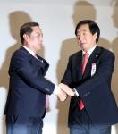 한국당, '골프접대 의혹'…