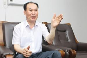"""[인터뷰 플러스] """"北과 합자회사 설립해 송배전 자재 생산기술 전수해줄 것"""""""