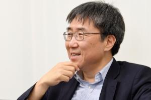 """""""사회안전망 강화와 제조업 부활… 벼랑 끝 한국경제의 살 길"""""""