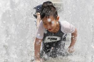 서울 낮 최고 36.9도…1994년 7월 이후 가장 더웠다