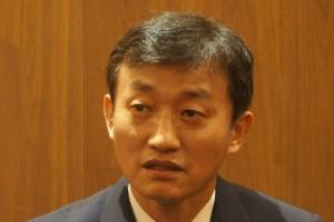 건물주 배만 불려주던 의사는 왜 중국에 진출했나