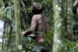 [포토] '나홀로' 고립생활 아마존 원주민 포착