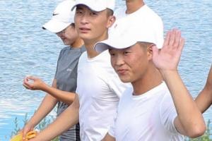 [포토] '반갑습네다'… 남북 합동훈련 참가한 조정선수들