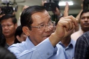33년 집권 훈센, 독재 선거로 5년 연장