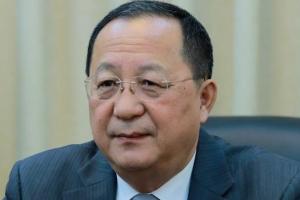 내일 싱가포르 ARF 참석하는 리용호, 폼페이오와 북·미 비핵화 회담 가능성