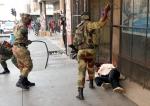 짐바브웨 유혈사태… 채찍…