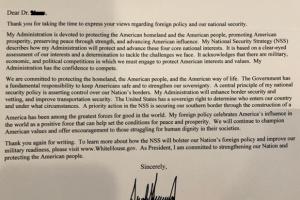 백악관에 '한반도 평화협정 체결' 청원 10만명 서명…트럼프 취임 후  첫 답신 보내