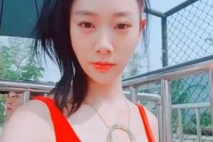 [포토] 클라라, '청량한 섹시' 매력 발산