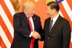 """""""중국, 미국에 패배를 인정하고 협상에 나서라"""" 中경제전문가의 뼈아픈 조언"""