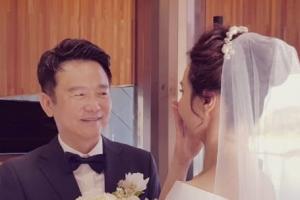 """남경필 """"우리 재혼했어요""""…20대 세 아들 축하 속에 비공개 결혼식"""