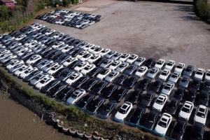 [포토] '리콜 부품 언제오나'… 수리 기다리는 BMW 차량