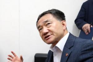 """박능후 복지부 장관 """"국민연금 수급 68세? 말도 안 된다"""""""