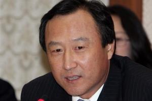 '정치자금법 위반' 홍일표 1심서 의원직 상실형