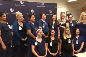 병원 중환자실 일하는 16명의 간호사가 일제히 임신