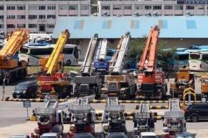 [뉴스 분석] 땜질식 예산·경기침체·최저임금 인상이 '고용 재난' 불렀다