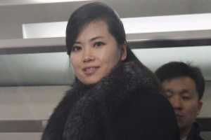 '위풍당당 현송월' 여유로운 미소